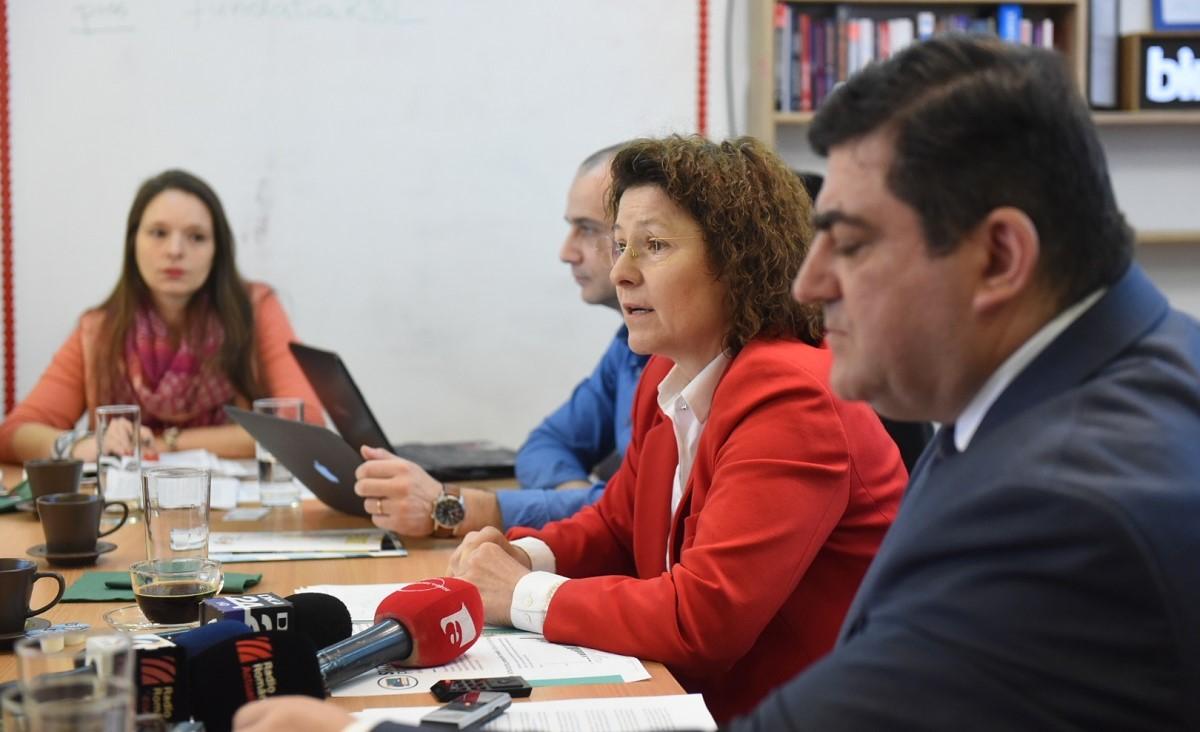 Statusul profesorilor din România este cel mai scăzut din Europa