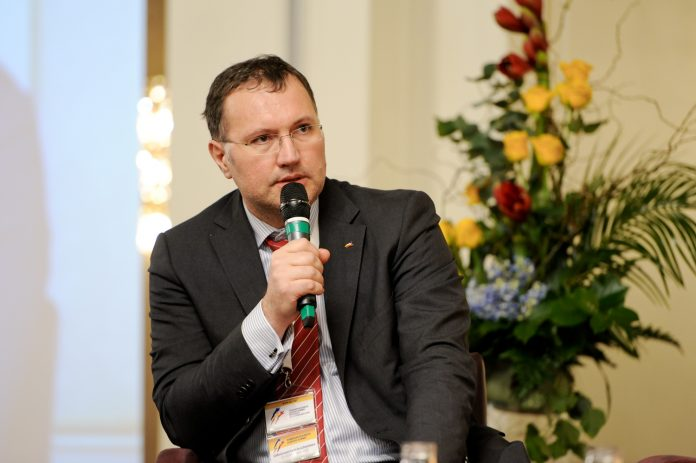 Interviu cu Dragos Rosca, RBL, despre proiectele care schimba Romania in bine