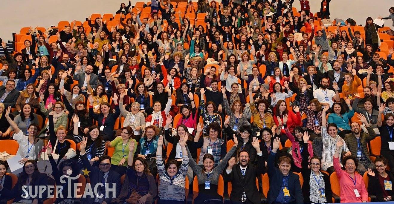 Profesori și antreprenori pe aceeași scenă pentru a schimba educația din România