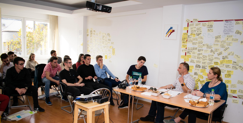 Tinerii vin cu soluții la probleme reale de business