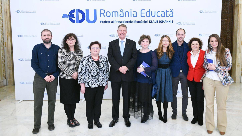 """Gala MERITO 2019, sub Înaltul Patronaj al Preşedintelui României, în prima zi de RBLSummit – Excelență, profesionalism, creativitate şi puțină """"magie"""" în Educație"""