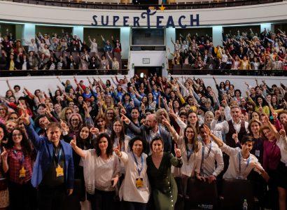 SuperTeach: Împreună vom reuși să schimbăm România, prin schimbarea mentalității în educație
