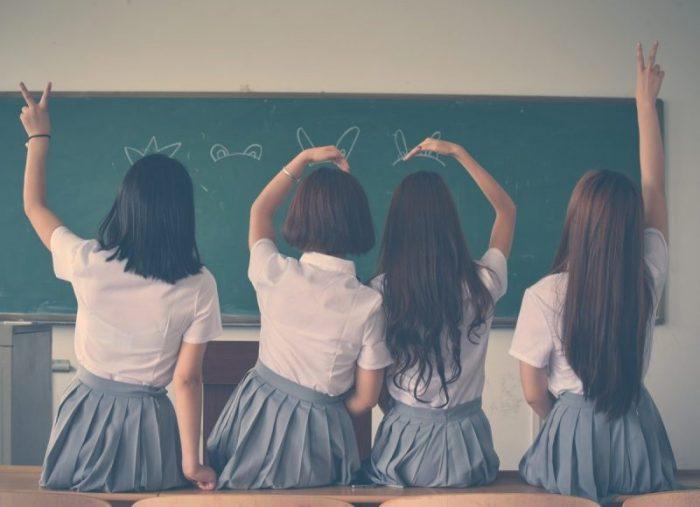 Pandemia, distanțarea socială și școala în sistem hibrid – ce pot aduce bun pentru educația din România?